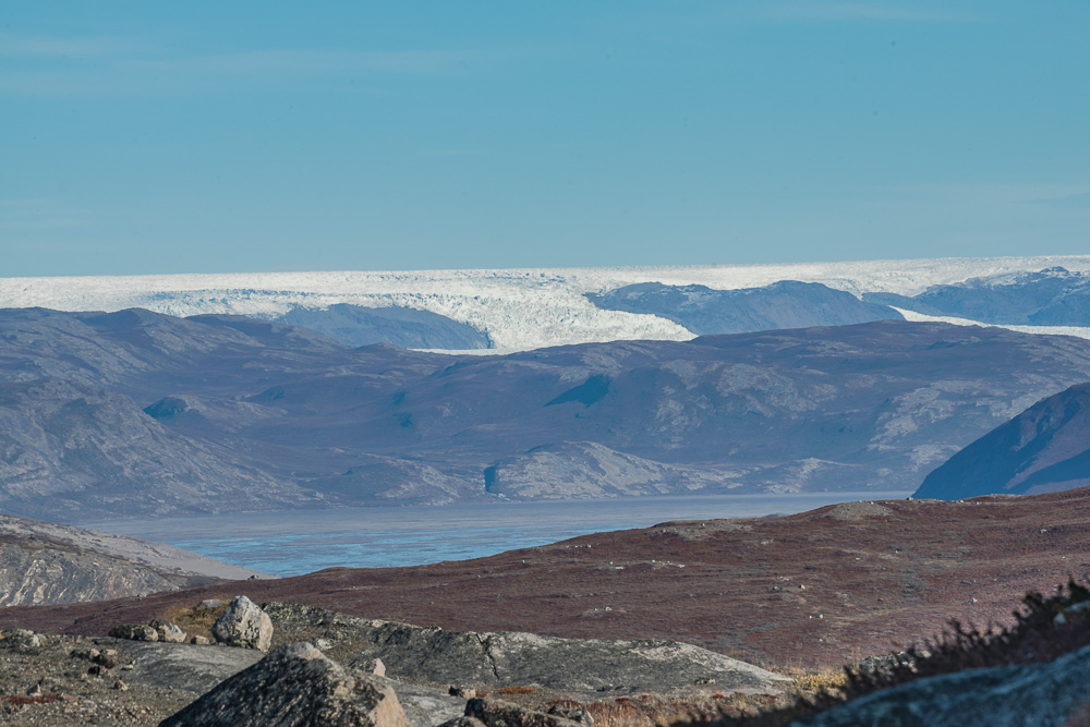 The ice cap in the distance, over 15 miles away.
